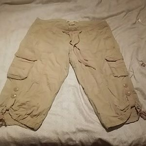 Pants - Cotton Cargo Capri's